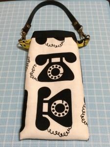 スマホポーチ ケース iPhone 持ち手 手作り ハンドメイド